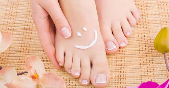 https://www.healthline.com/health/home-remedies-for-toenail-fungus