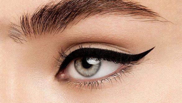 Winged Eyeliner Hacks fi